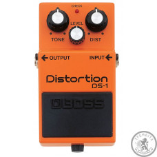 Педаль BOSS DS-1 Distortion